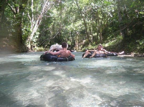 Calypso Rafting: Spot enjoys river rafting with us