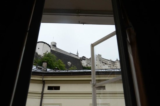 Altstadthotel Kasererbräu: View out our window