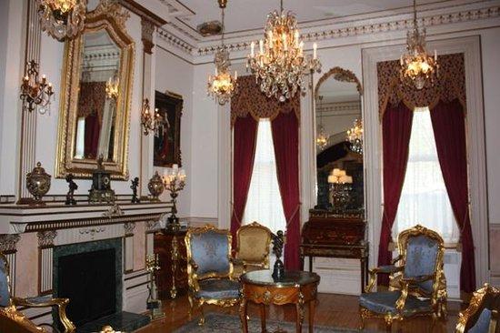 Le Chateau du Faubourg: salon