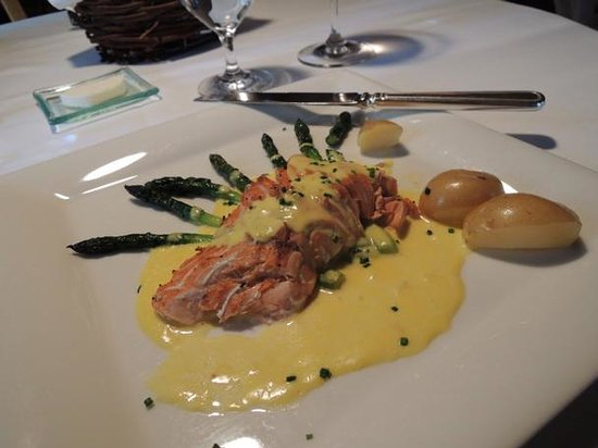 Post Hotel & Spa: Superb Canadian King Salmon