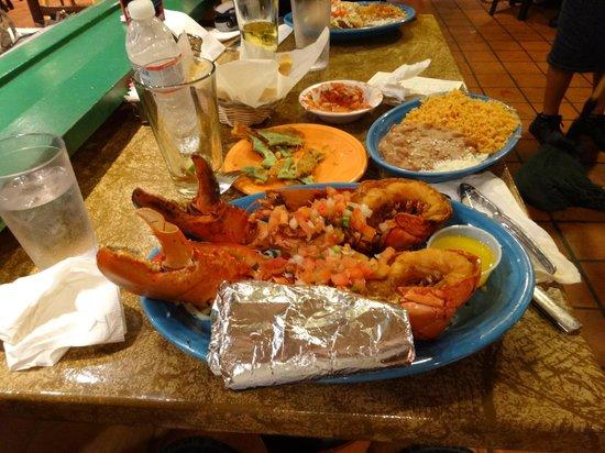 Cafe Coyote: Lobster dinner