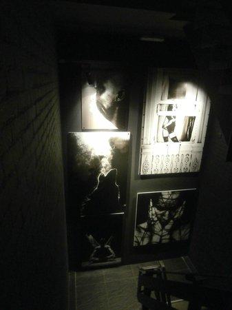 Boutique Hotel Glow: escaliers
