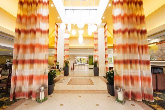 Hilton Garden Inn Phoenix/Avondale: Welcome to the Garden!