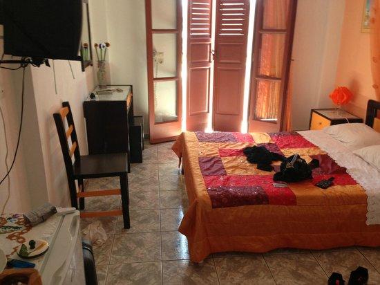 Koronios Villa: nuestra habitacion