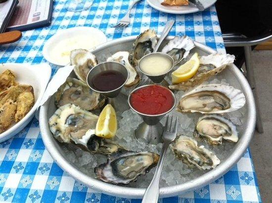 سيل كوف إن: Fresh seafood