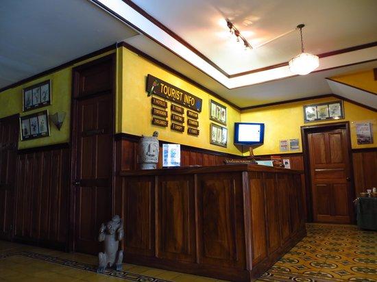 Hotel Fleur de Lys : Tourism Desk in the hotel