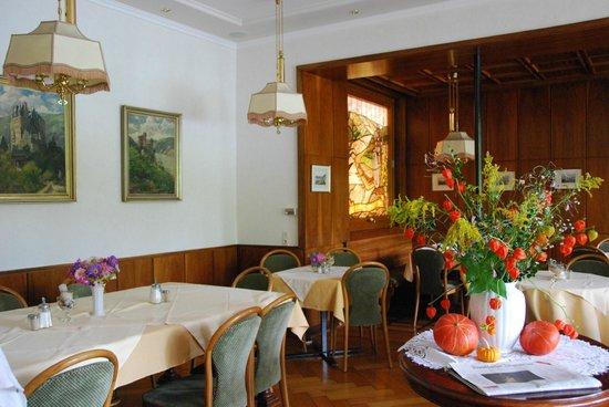 Baudobriga Rheinhotel: more dining