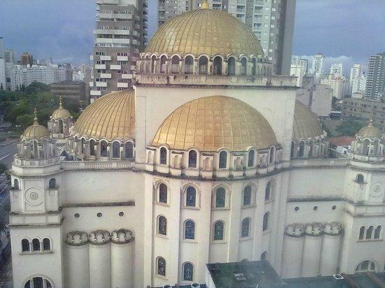 Ibis Budget Sao Paulo Paraiso: vista do quarto - catedral ortodoxa