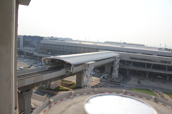 City Lodge Hotel OR Tambo Airport: View from room