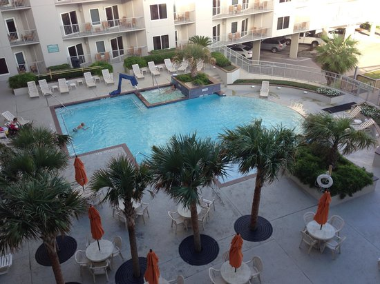 Holiday Inn Club Vacations Galveston Beach Resort: View of the pool area from the balcony. Room W42b