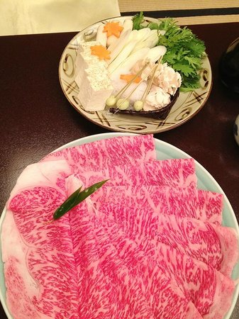Imahan Uenohirokojiten: きれいなお肉です
