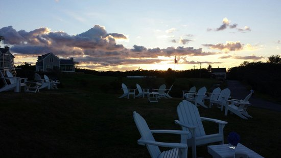The Atlantic Inn: Sunset.....