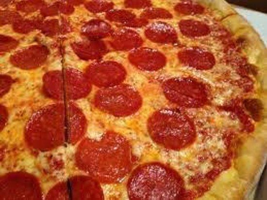 Frank's Ristorante: Pepperoni pizza