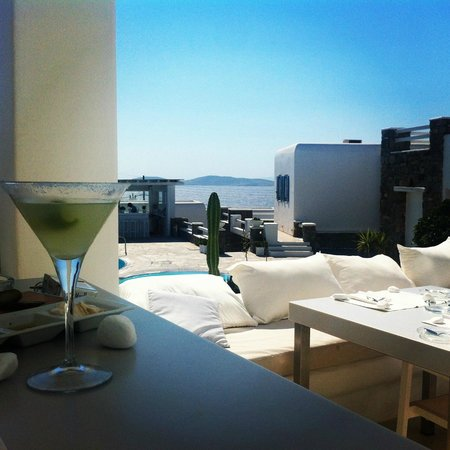 En Lefko Prive Suites: Yummy afternoon cocktail :)