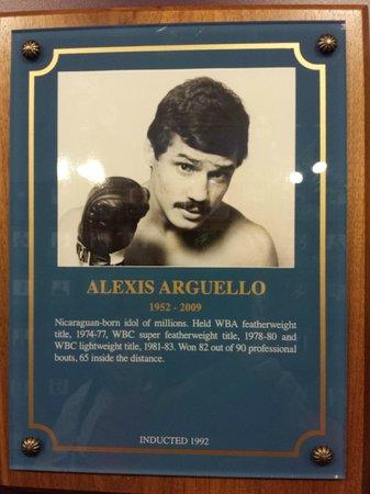 International Boxing Hall of Fame: Alexis Argüello Plaque