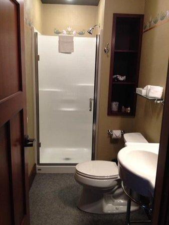 McMenamins Kennedy School: Bathroom.