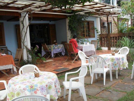 Pousada Manaca Inn: Frente pousada