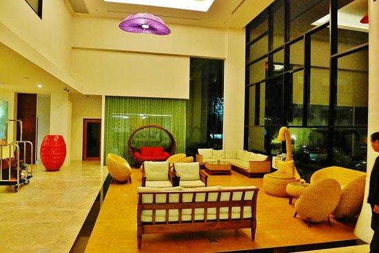 Buri Sriphu Boutique Hotel : The lobby