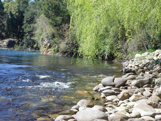 Cunco, Chile: trekking por el río Curaco