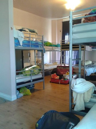 Hostelling International San Diego Downtown: Quarto