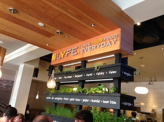 LYFE Kitchen, Palo Alto: LYFE - defined...