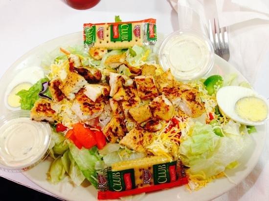 Penny's Diner: salad