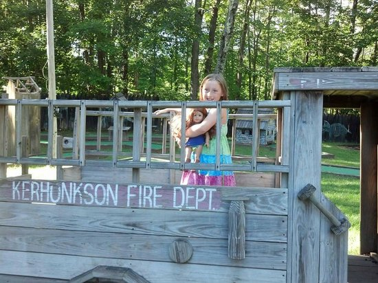 Pinegrove Family Dude Ranch: An older playground where one can use their imagination!