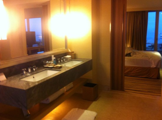 Marina Bay Sands Grand Club Room