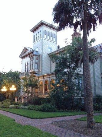 Fairbanks House, Historical B & B