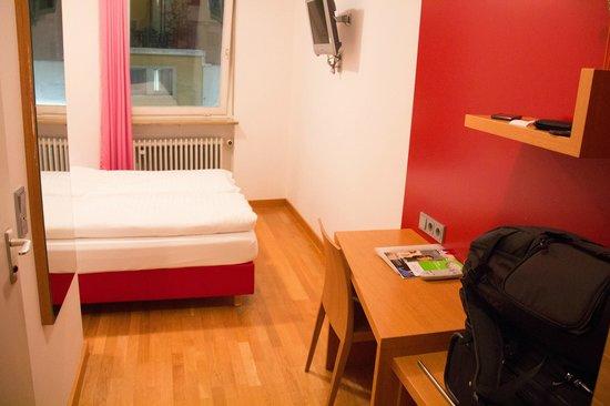 Creatif Hotel Elephant: quarto