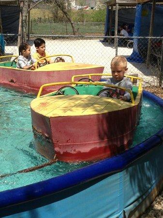 Kiddie Acres: boats