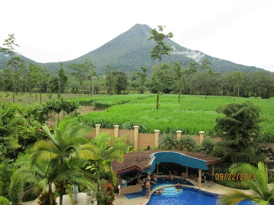 Hotel Magic Mountain: Amazing view of volcano