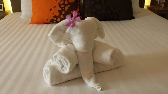Novotel Bangkok on Siam Square: Nice Towel art