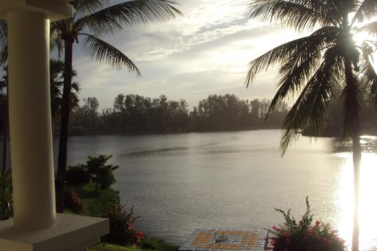 Outrigger Laguna Phuket Beach Resort: View of the lagoon from our room