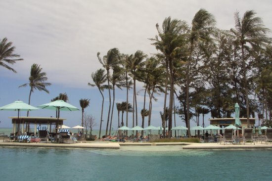 Outrigger Laguna Phuket Beach Resort: Fantastic pools