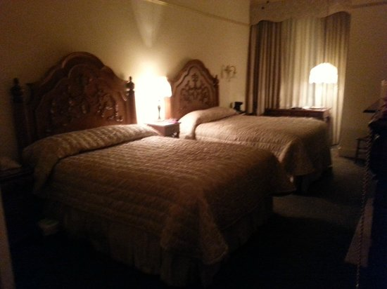 The Horton Grand Hotel: Loved our room...........so cozy!