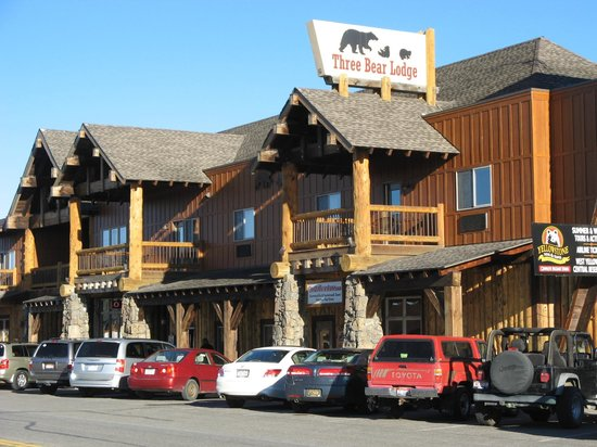 Three Bears Motel West Yellowstone Mt