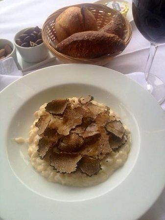 Cafe de l'Esplanade: truffle risotto! loved it!