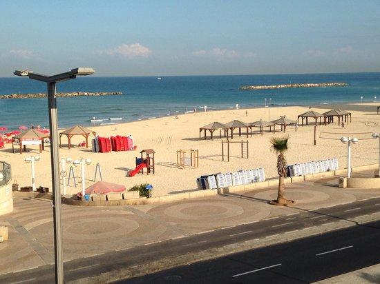 Orchid Tel Aviv: View from terrace by lobby