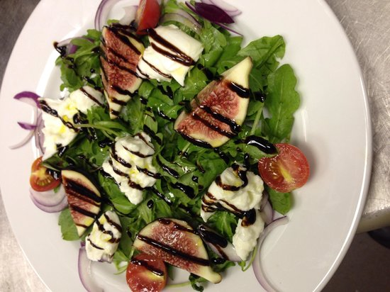 Nonna Cappuccini's: Fig and buffalo mozz on a bed of rocket with balsamic glaze