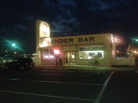 The Wonder Bar: Wonderbar