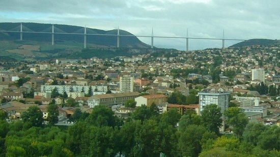 Cevenol Hotel: Le viaduc de Millau (3)