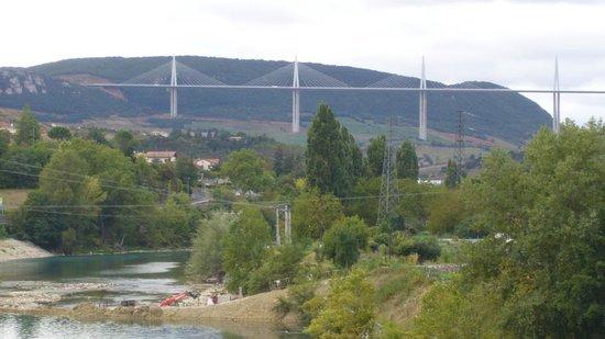 Cevenol Hotel: Le viaduc de Millau (1)