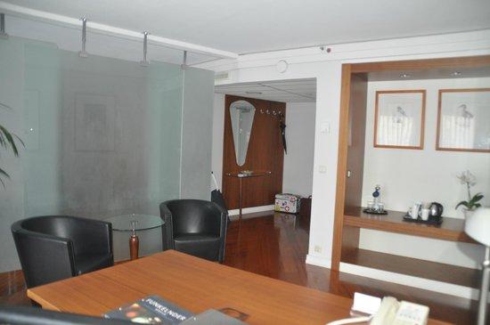 Hilton Dresden Hotel: salon
