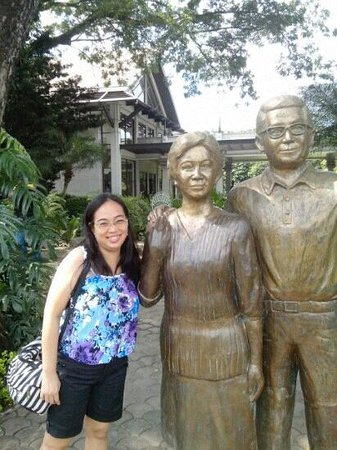 The Aquino Center Museum: with statues at the garden