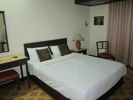 Tapae Place Hotel: Habitacion