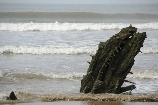 Rhossili Bay : Another shipwreck