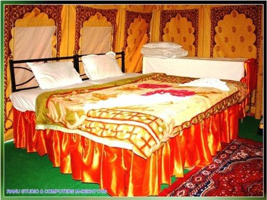 pal rajah resort hotel khuri inde voir les tarifs 8 avis et 194 photos. Black Bedroom Furniture Sets. Home Design Ideas