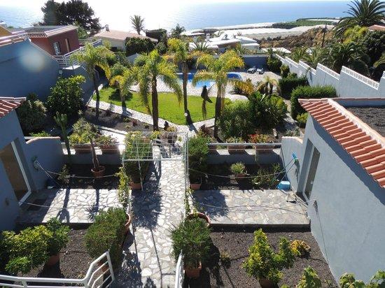 Las Norias : Udsigt ned på pool fra terrassen