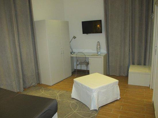 Rest Guesthouse: Chambre vue 2